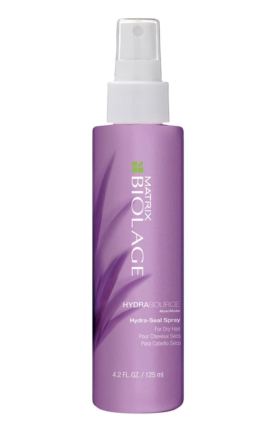 Biolage Hydrasource Несмываемый Спрей-ВуальУход за волосами<br>Несмываемый спрей-вуаль для сухих волос HYDRASOURCE  Когда волосы недостаточно увлажнены  они теряют прежнюю яркость  становятся более жесткими  Вдохновленный свойствами алоэ  несмываемый спрей-вуаль Biolage HYDRASOURCE trade   ГидраСурс  помогает оптимизировать гидробаланс сухих волос  возвращая им зворовый  сияющий вид  Волосы в 15 раз более увлажненные после первого использования  Увлажняет волосы обеспечивает контроль над пушистостью волос Формула без парабенов  Подходит для окрашенных волос<br>Type: 125 мл;