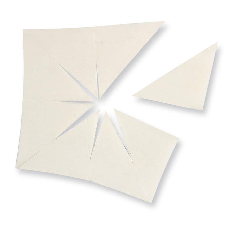 Спонж Camouflage SpongeСпонжи<br>Набор из 8 небольших аппликаторов угловой формы для нанесения жидкой тональной основы и коррекции на отдельных участках<br>
